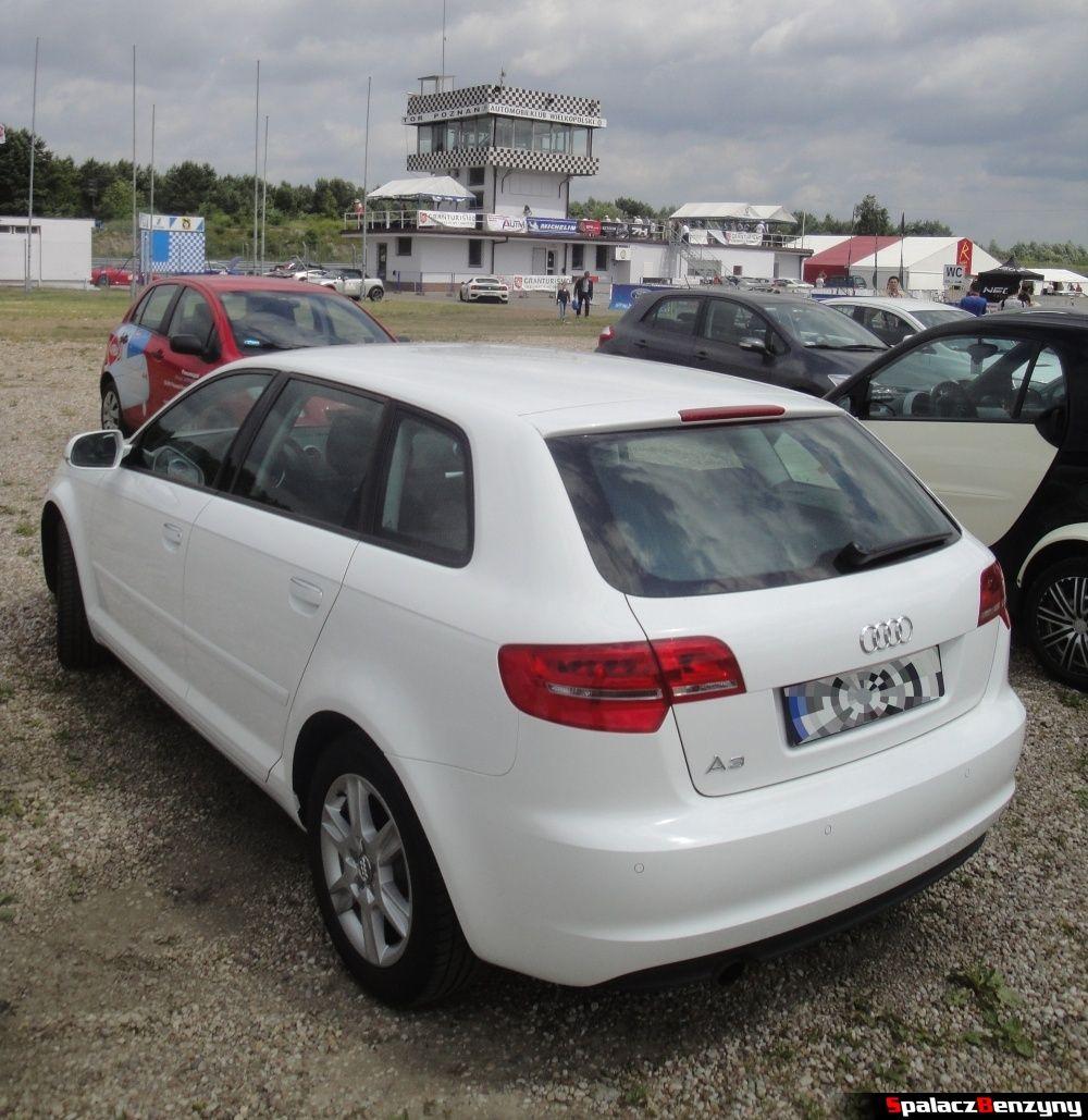 Audi A3 białe 1.6 na torze w Poznaniu na Gran Turismo Polonia 2013