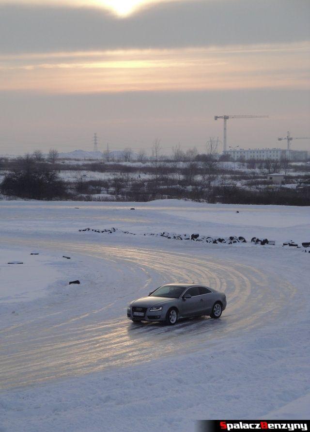 Audi A5 na treningu na torze w Lublinie 27 styczeń 2013