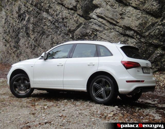 Audi Q5 3.0 TFSI przy skałach