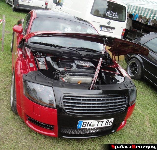 Audi TT czerwono czarne na Worthersee 2013