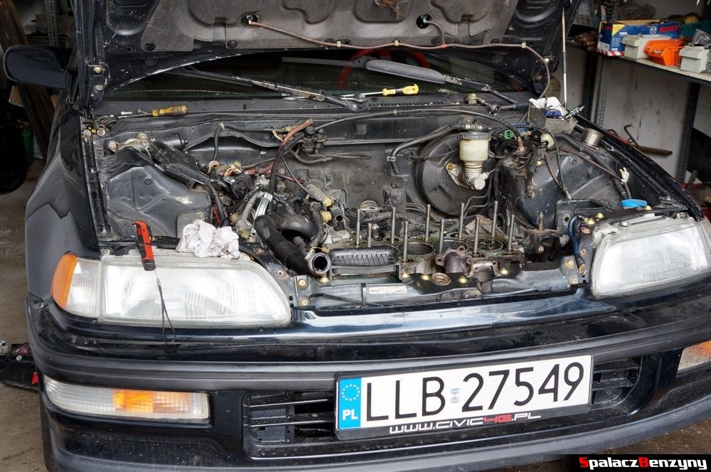 Blok silnika bez głowicy w Honda Civic