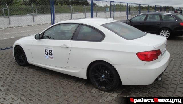 BMW 335i białe na TPTD 25 maj 2013