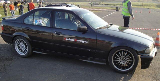 BMW 3 czarne SBR