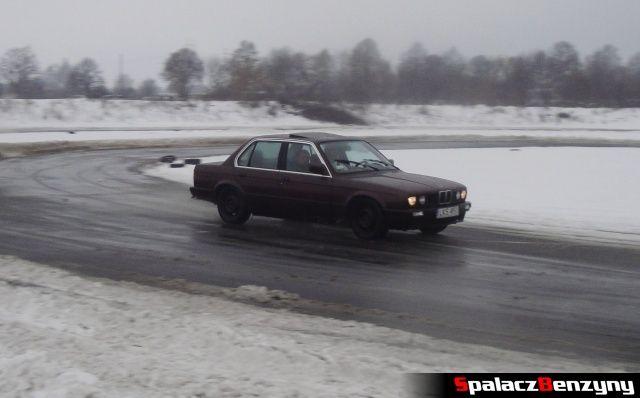 BMW brązowe na zimowym treningu na Torze w Lublinie