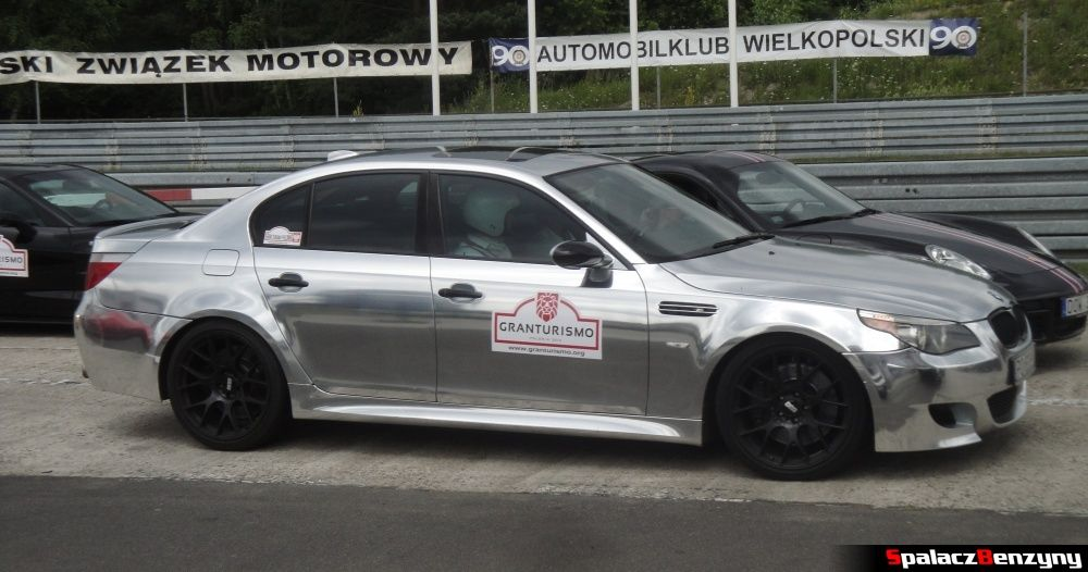 BMW M5 srebrne na Gran Turismo Polonia 2013