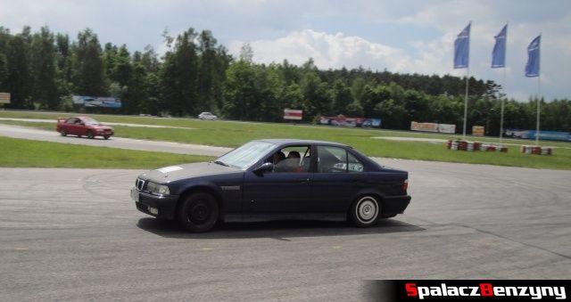 BMW serii 3 podczas treningu na Torze Kielce 7 czerwiec