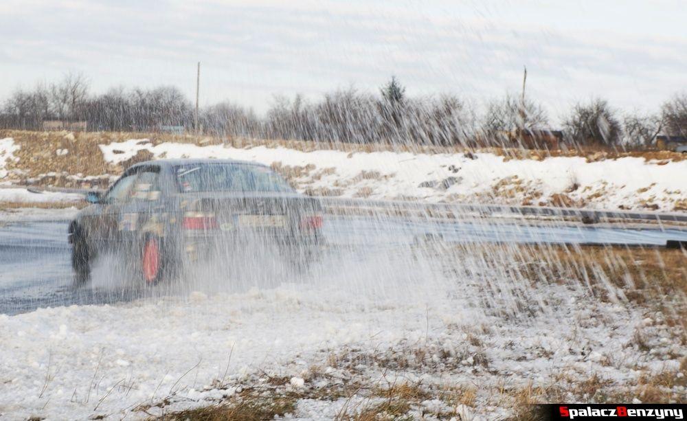 BMW w śnieżycy na treningu 8 luty 2014