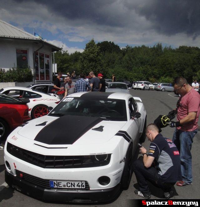 Chevy Camaro Tuning Czarne Chmury na Nurburgring Nordschleife