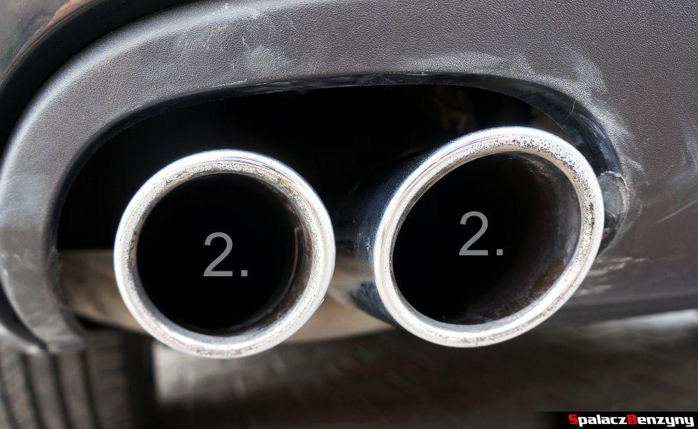 Chromowane końcówki wydechu umyte pastą Autosol w Audi A4