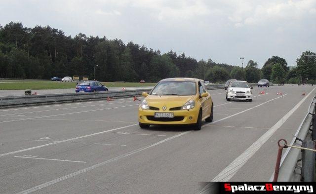 Clio, Citroen i Impreza podczas treningu na Torze Kielce 7 czerwiec