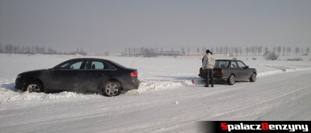 Drift-BMW na Snow Fan