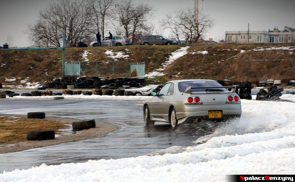 Drift Nissan Skyline na Treningu Driveart 8 luty 2013