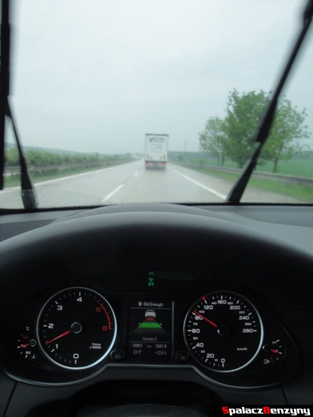 Działanie aktywnego tempomatu w Audi Q5