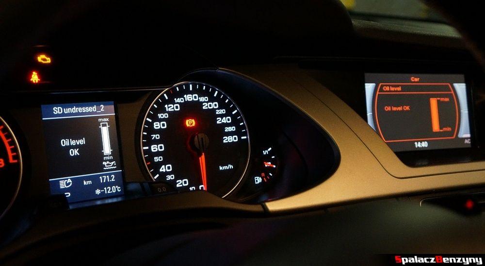 Elektroniczny pomiar poziomu oleju w Audi A4 B8