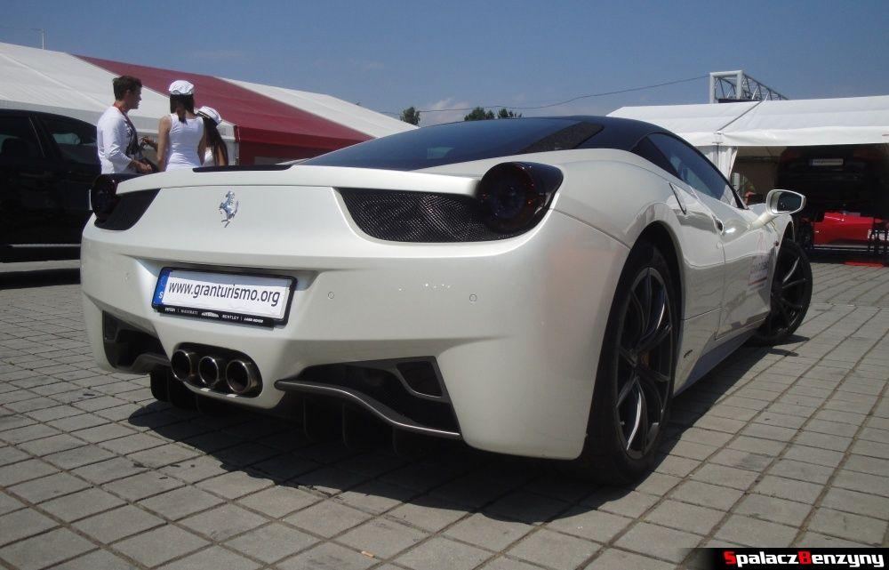 Ferrari 458 Italia biała tył na Gran Turismo Polonia 2013