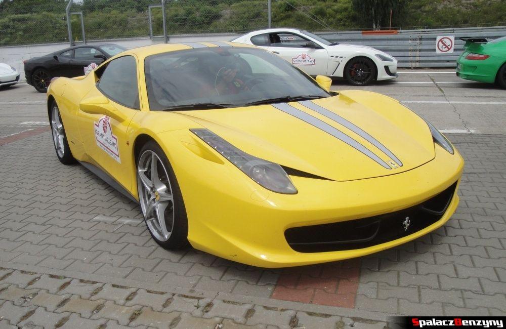 Ferrari 458 Italia żółta na Gran Turismo Polonia 2013