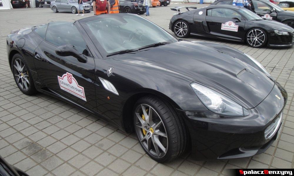Ferrari California czarna z góry na Gran Turismo Polonia 2013