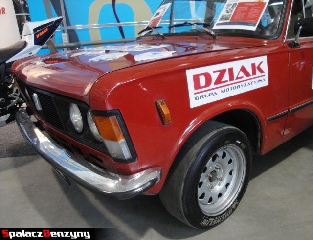 Fiat 125p z oponą slick na Autosalon 2012 w Lublinie