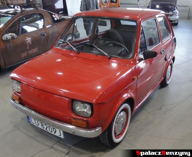 Fiat 126p maluch na Autosalon 2012 w Lublinie