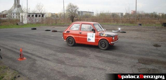 Fiat 126p na mecie na Rally Sprint Kulka 2012 w Lublinie