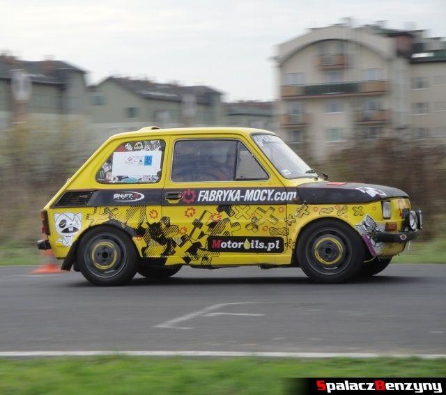 Fiat 126p żółty na Rally Sprint AutoEuro 2012 w Lublinie