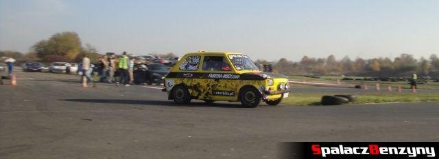 Fiat 126p żółty na Rally Sprint Cemex 2012 w Lublinie