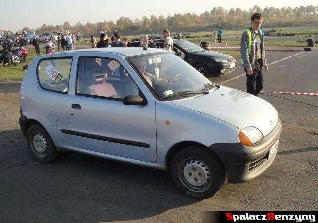 Fiat SC błękitny na Rally Sprint Cemex 2012 w Lublinie
