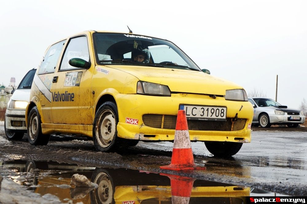 Fiat SC na starcie na Rally Sprint 9 luty 2014