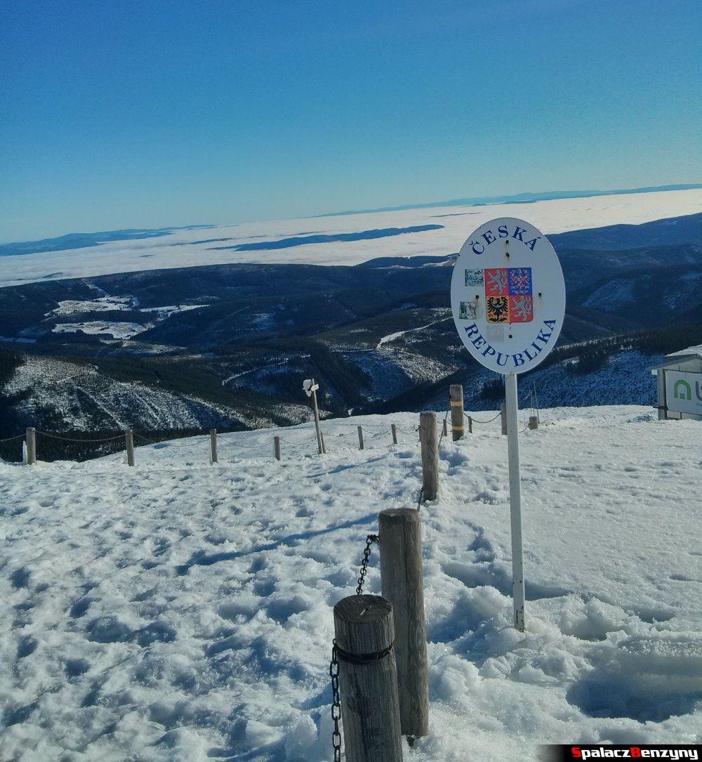 Granica z Czechami na szczycie Śnieżki