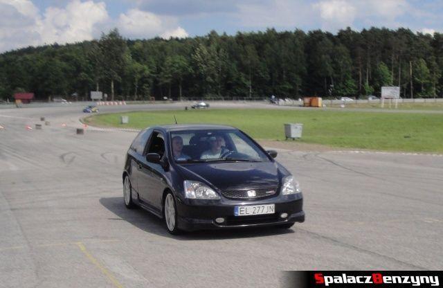 Honda Civic Type R podczas treningu na Torze Kielce 7 czerwiec