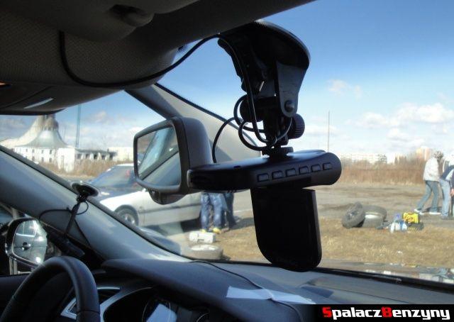 Kamery samochodowe w aucie na torze