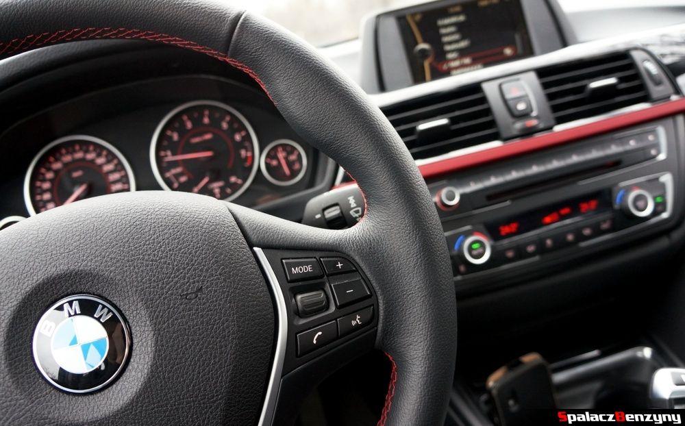 Kierownica i wnętrze BMW 316i 2013