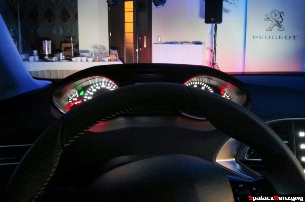 Kierownica i zegary Peugeot 308