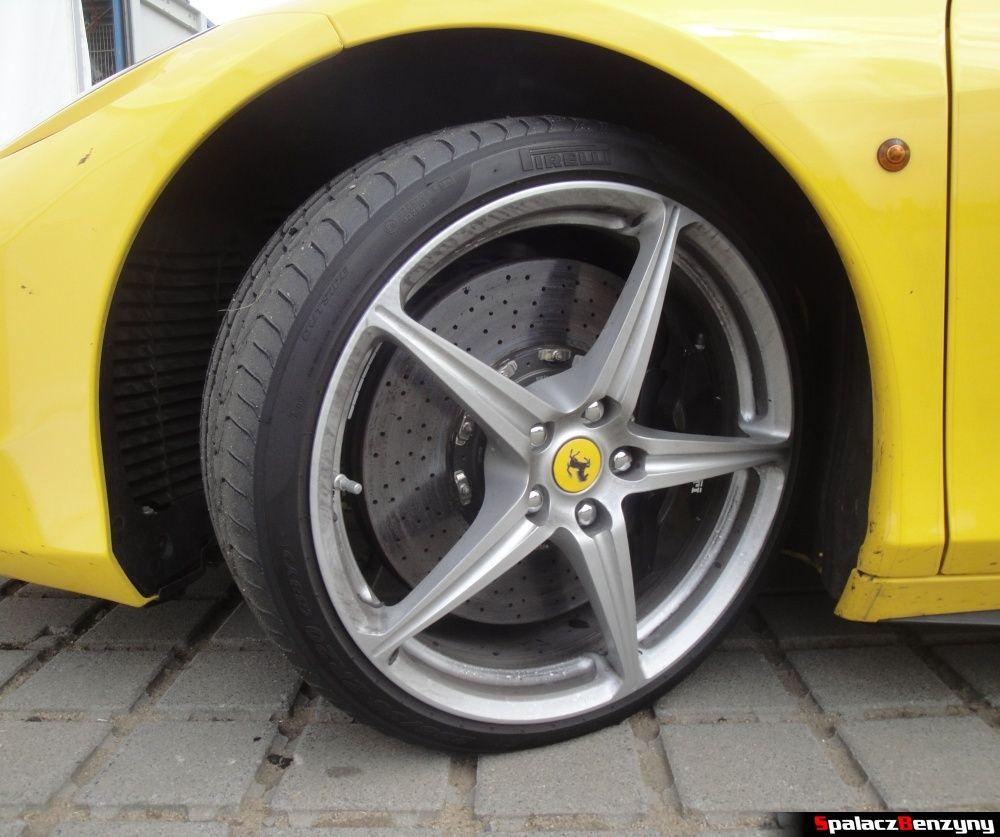 Koło Ferrari 458 Italia żółta na Gran Turismo Polonia 2013
