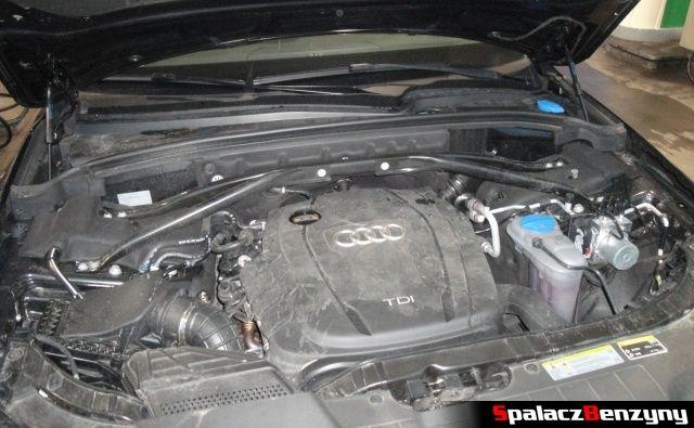 Komora silnika 2.0 TDI Audi Q5
