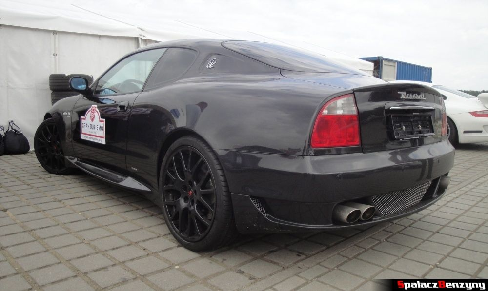 Maserati czarne na Gran Turismo Polonia 2013