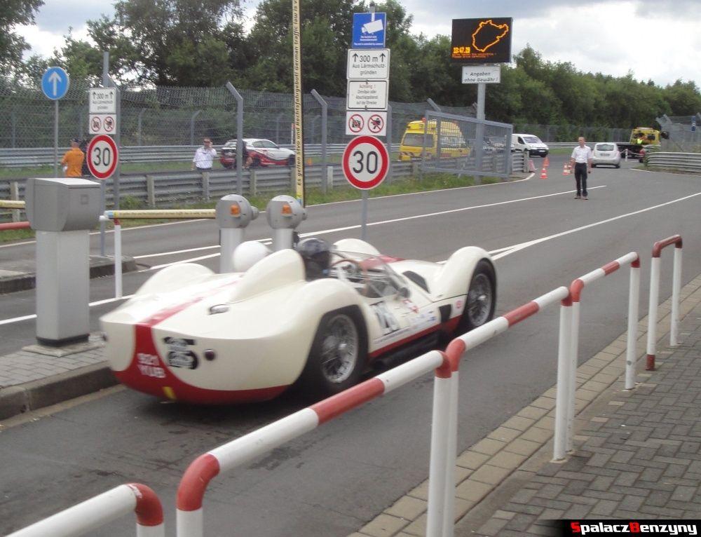 Maserati T61 na Nurburgring Nordschleife