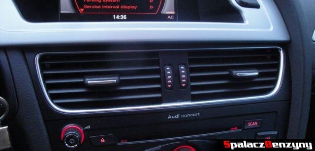 Nawiew klimatyzacji w Audi A4 B8