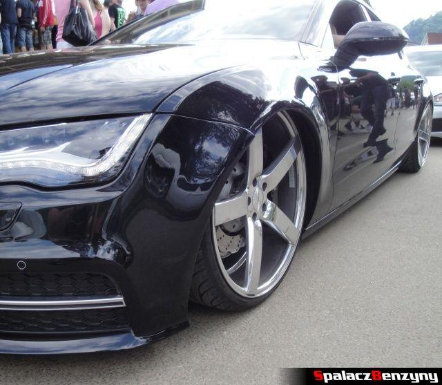Niskie zawieszenie Audi S7 czarne na Worthersee 2013