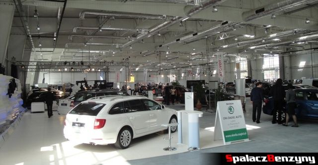 Nowa hala targowa Autosalon 2012