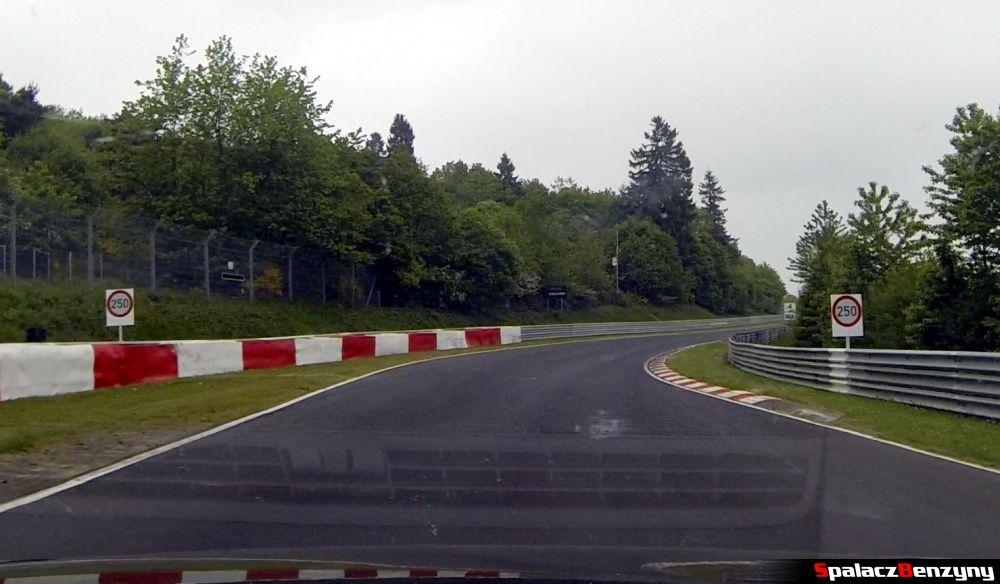 Ograniczenie do 250 km/h na Północnej Pętli Nurburgringu