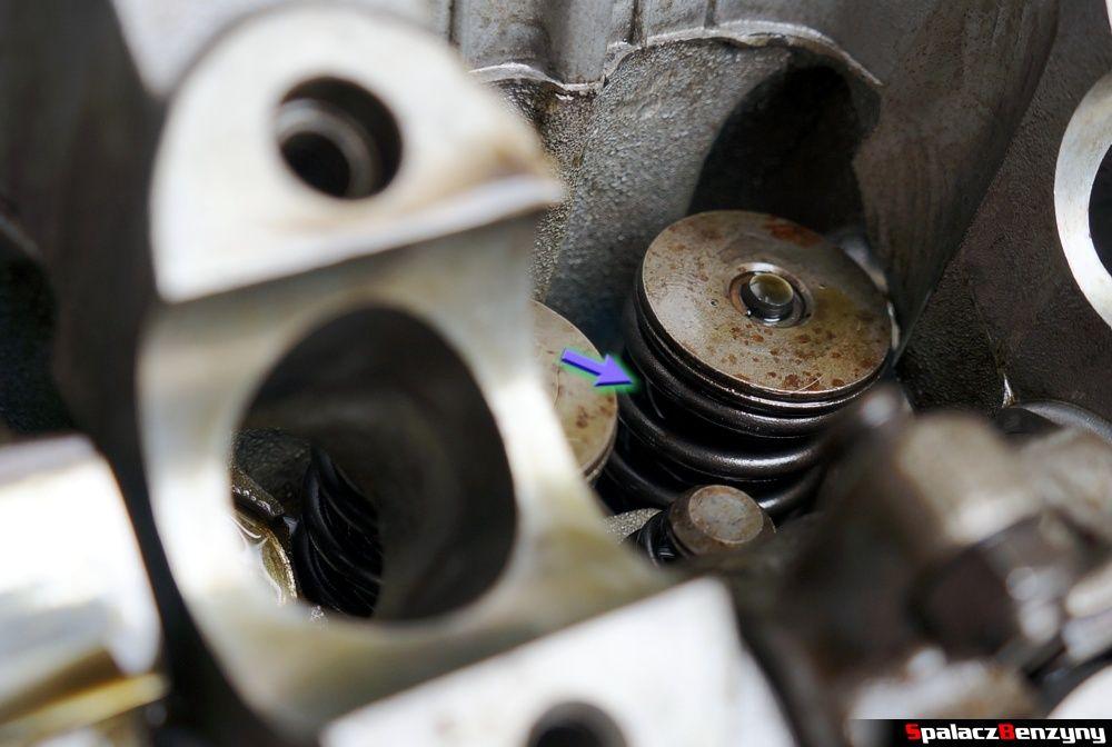Podwójna sprężyna zaworowa w Honda Civic