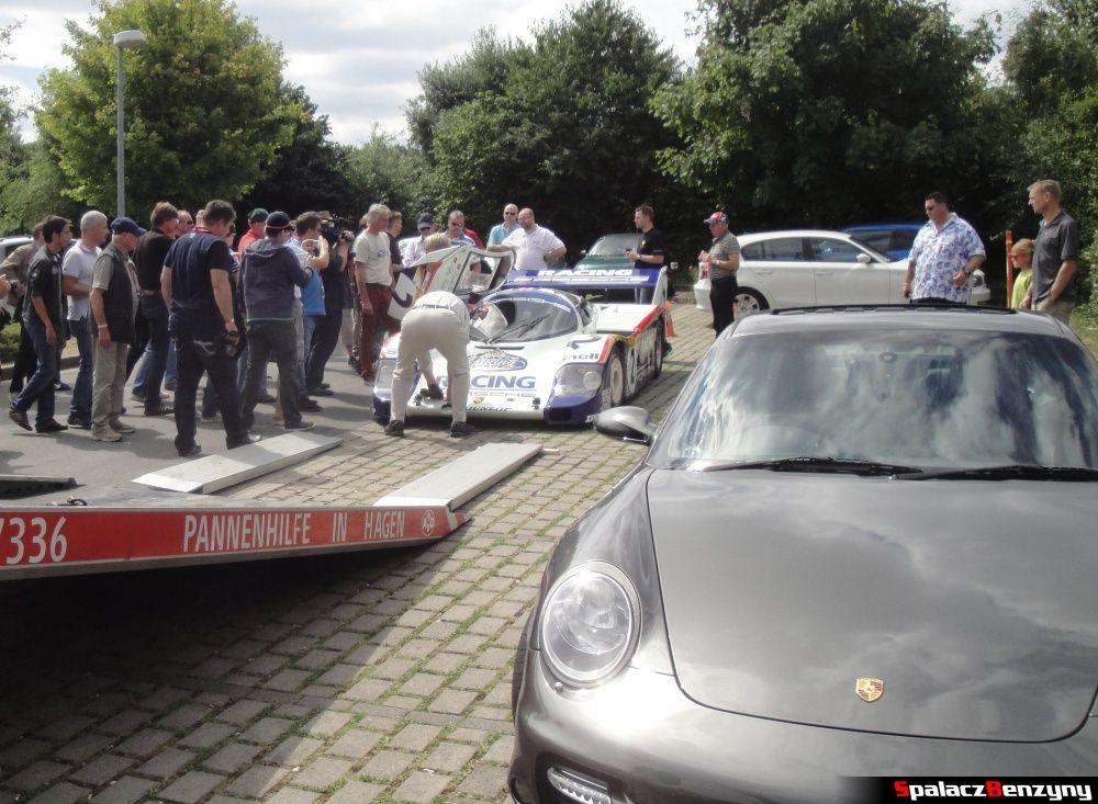 Porsche 956 i 911 Carrera na Nurburgring Nordschleife