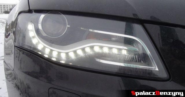 Przednia lampa LED w Audi A4 B8