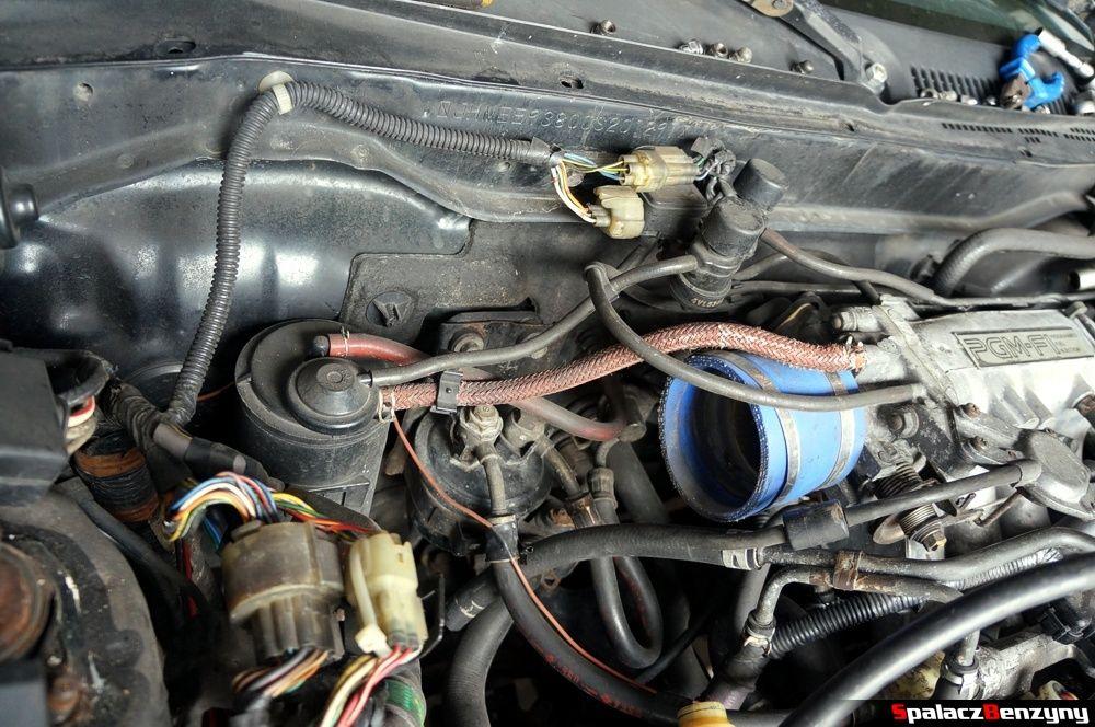 Przewodu w koło silnika w Honda Civic