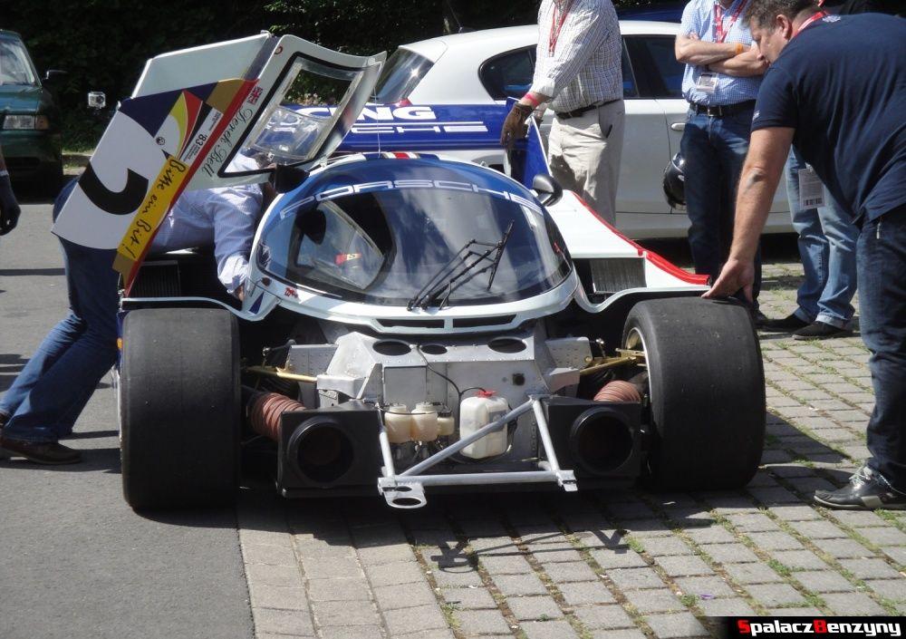 Przód Porsche 956 bez zderzaka na Nurburgring Nordschleife