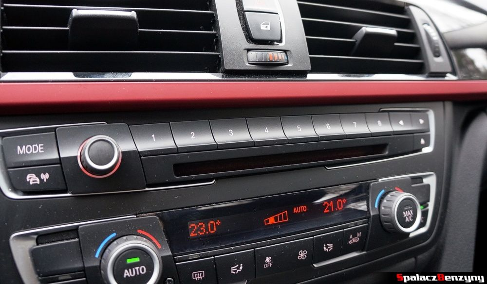 Przyciski pamięci radia BMW 316i 2013