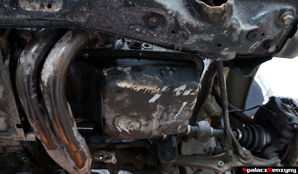 Przykręcona miska olejowa w Honda Civic