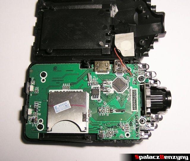 Rejestrator trasy HD CAR DVR 720p HDMI ze zdjętą pokrywą