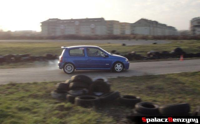 Renault Clio sport niebieskie na RS Browar Jagiełło 2012 w Lublinie